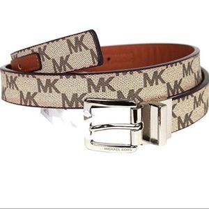 NWT Michael Kors Leather Logo Reversible Belt